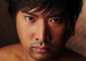 山里亮太,メガネなし,松田龍平,似,イケメン,ブサイク,見える