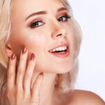 40代からは薄いシミが増える!皮膚科の受診がおすすめの理由とは?